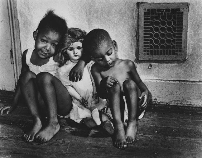 Ella Watson's grandchildren, 1942, photographed by Gordon Parks